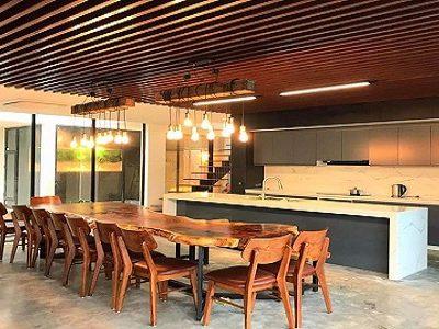 Bàn ghế gỗ nguyên khối-nội thất giá trị bền vững từ thiên nhiên
